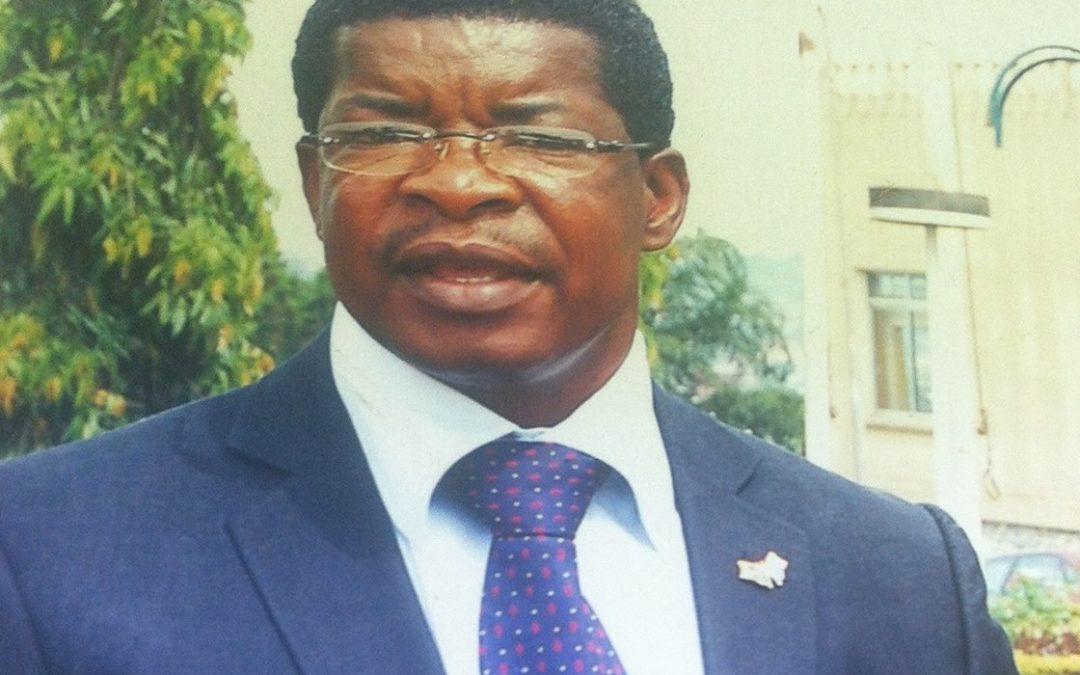 Jean Calvin Nama-Ntse : «Lorsque des personnalités influentes sont vaccinées en public, …la population suit leur exemple»